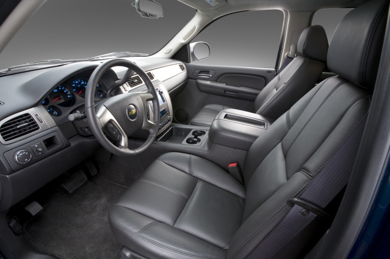 2010 Chevrolet Avalanche Front Seats Picture