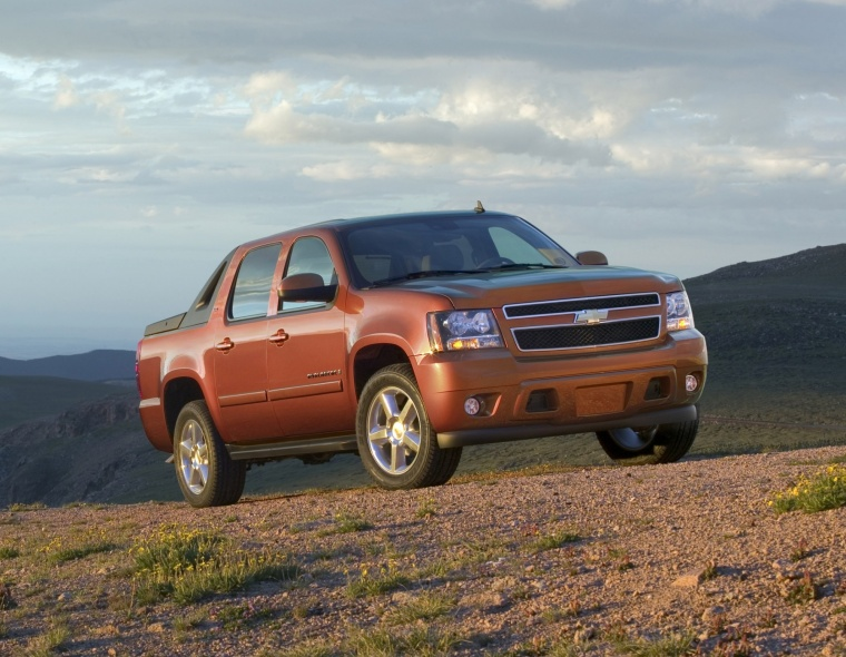 2011 Chevrolet Avalanche Inferno Orange Metallic Picture
