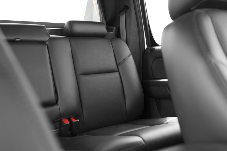 2013 Chevrolet Avalanche Rear Seats Picture