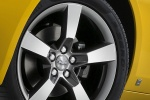Picture of 2010 Chevrolet Camaro RS Coupe Rim