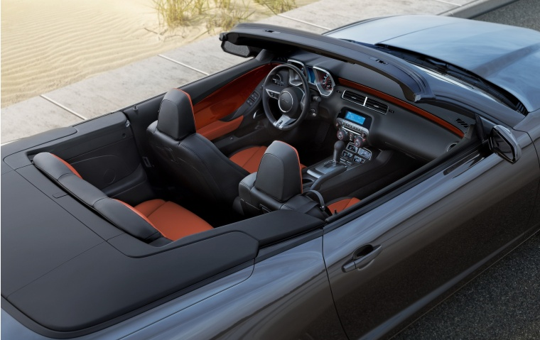 2011 Chevrolet Camaro RS Convertible Interior Picture