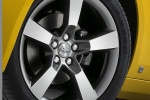 Picture of 2013 Chevrolet Camaro RS Coupe Rim