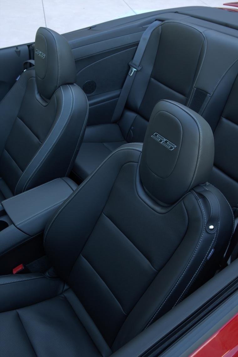 2014 Chevrolet Camaro SS Convertible Interior Picture