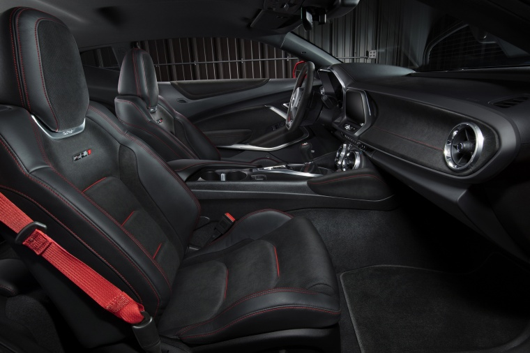 2017 Chevrolet Camaro ZL1 Coupe Front Seats Picture