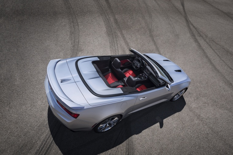 2018 Chevrolet Camaro Convertible Picture