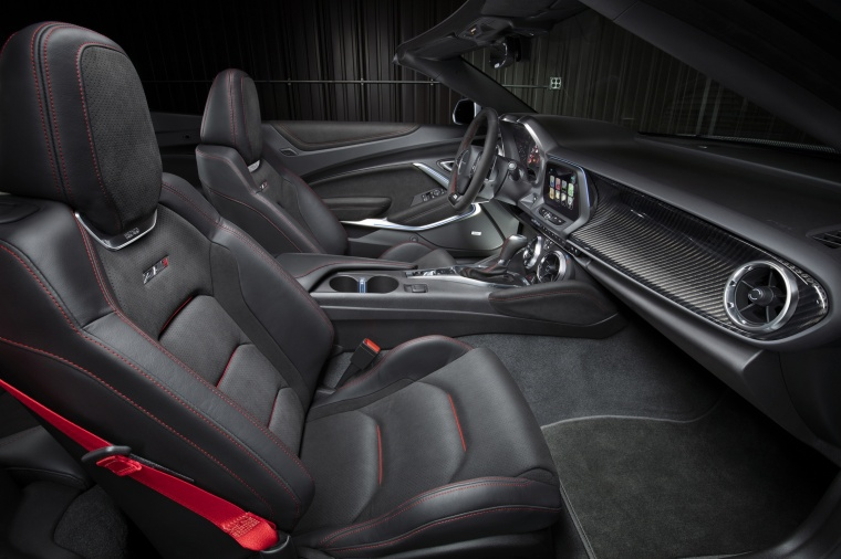 2018 Chevrolet Camaro ZL1 Convertible Front Seats Picture