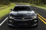 2018 Chevrolet Camaro SS Coupe in Black - Driving Frontal View