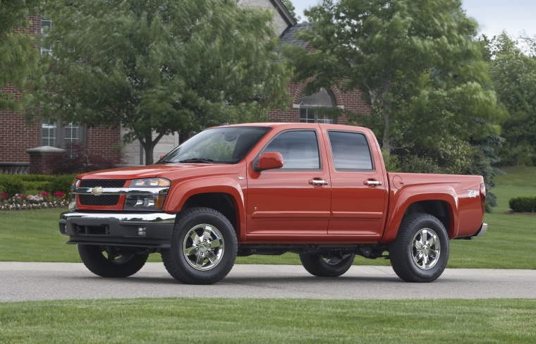 2010 Chevrolet Colorado Crew Cab LT V8 Z71 in Tangier Orange from a front left three-quarter view