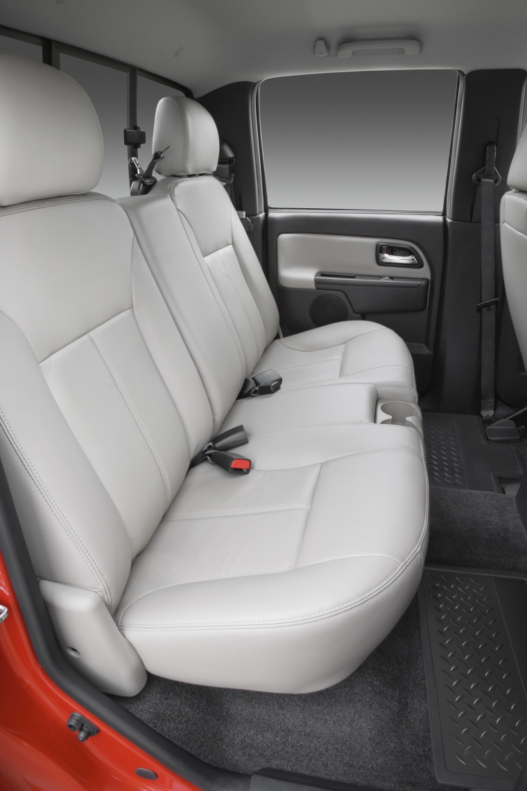 2012 Chevrolet Colorado Crew Cab Rear Seats Picture