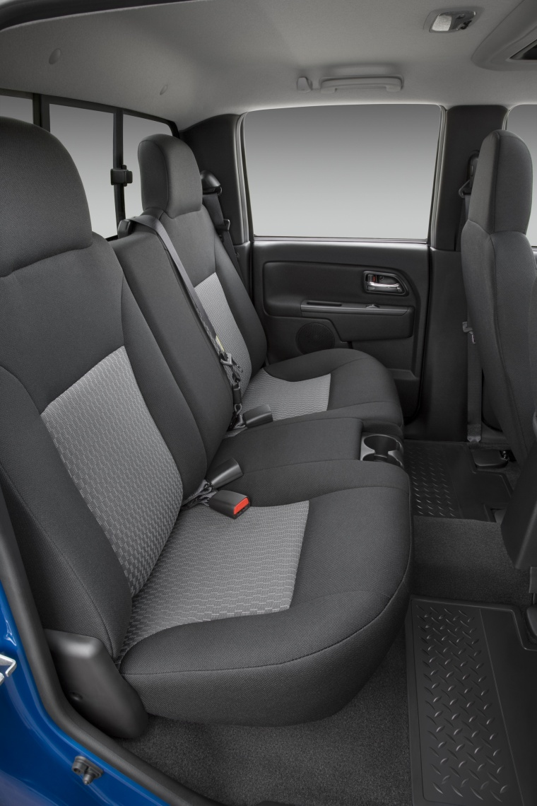 2012 Chevrolet Colorado Crew Cab Rear Seats Picture