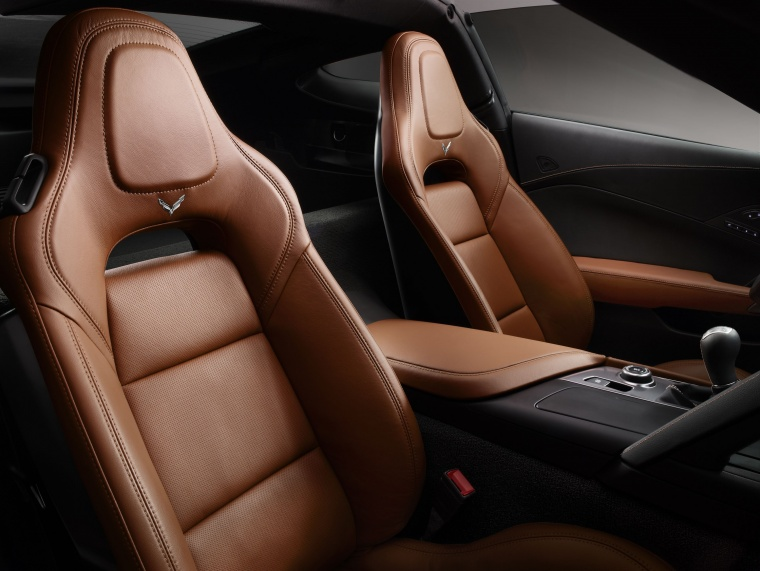 2016 Chevrolet Corvette Stingray Coupe Front Seats Picture