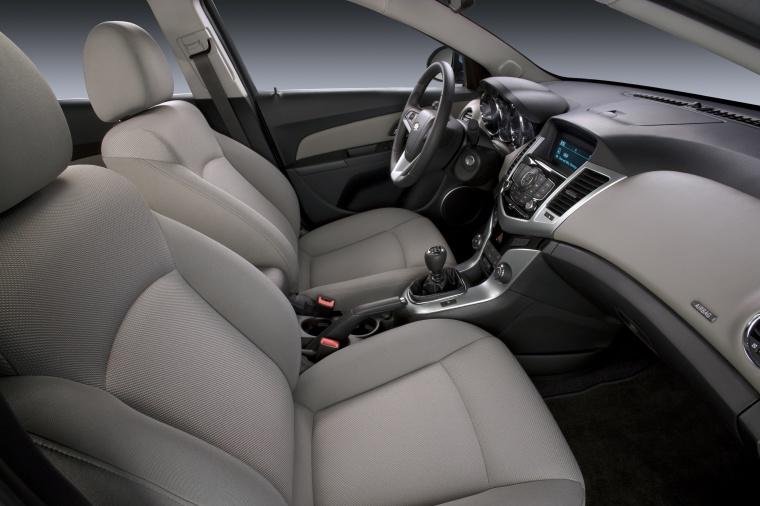 2011 Chevrolet Cruze Eco Front Seats Picture