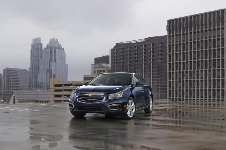 2015 Chevrolet Cruze LTZ Picture