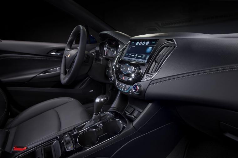 2017 Chevrolet Cruze Premier Sedan Interior Picture