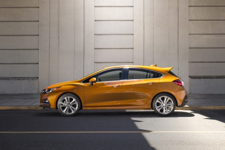 2018 Chevrolet Cruze Premier RS Hatchback in Orange Burst Metallic from a side view