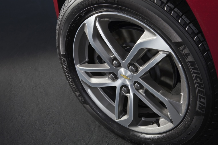 2017 Chevrolet Equinox Rim Picture
