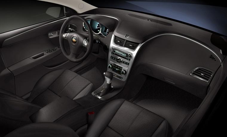 2010 Chevrolet Malibu Lt Interior Picture