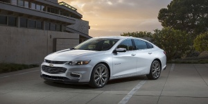2017 Chevrolet Malibu Reviews / Specs / Pictures / Prices