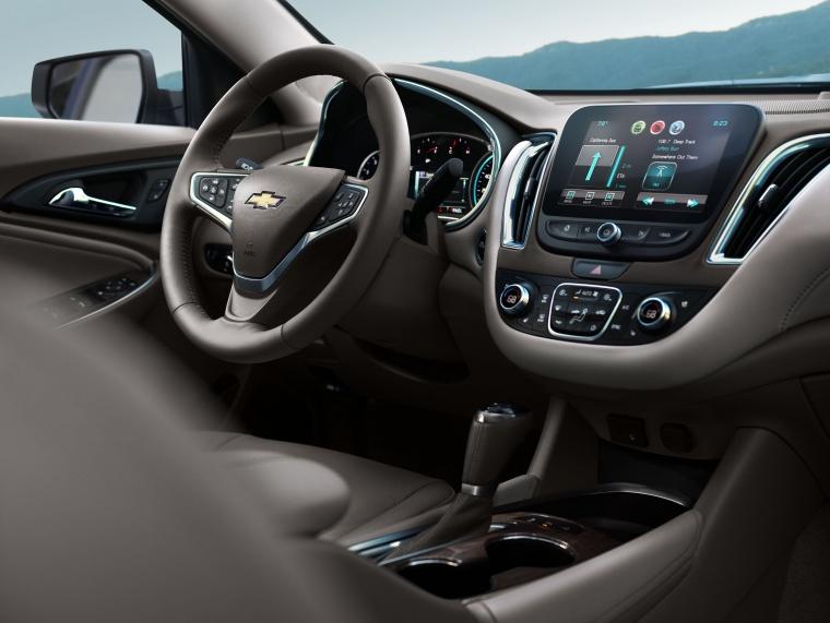 2018 Chevrolet Malibu Premier 2.0T Interior Picture