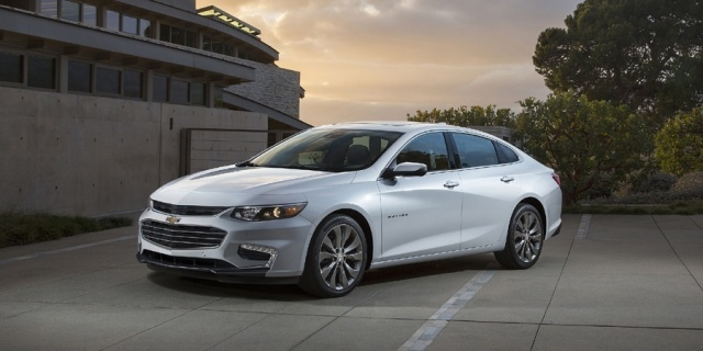 2018 Chevrolet Malibu Pictures
