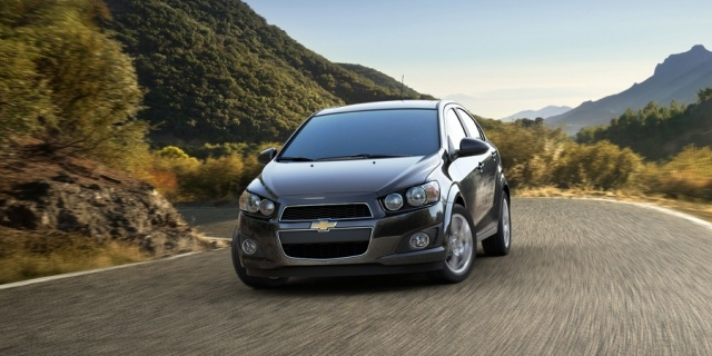 2012 Chevrolet Sonic Pictures