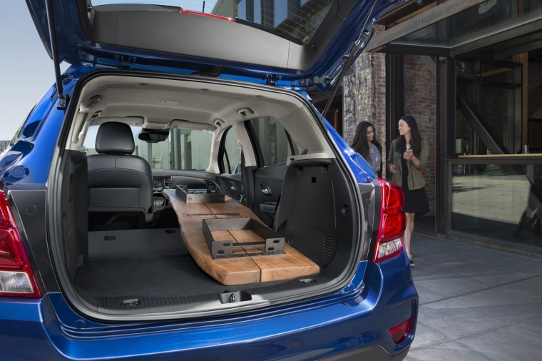 Picture of a 2018 Chevrolet Trax Premier's Trunk
