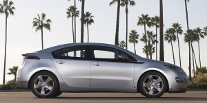 2011 Chevrolet Volt Pictures