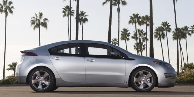 2015 Chevrolet Volt Pictures