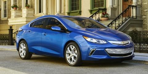 2017 Chevrolet Volt Hybrid Sedan LT, Premier, Chevy Review