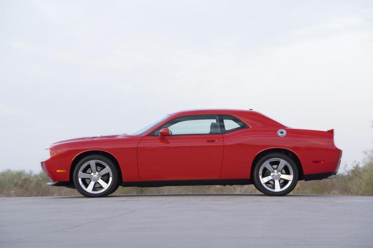 2010 Dodge Challenger R T In Torred Color Static Side