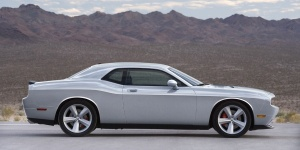 2010 Dodge Challenger Reviews / Specs / Pictures / Prices