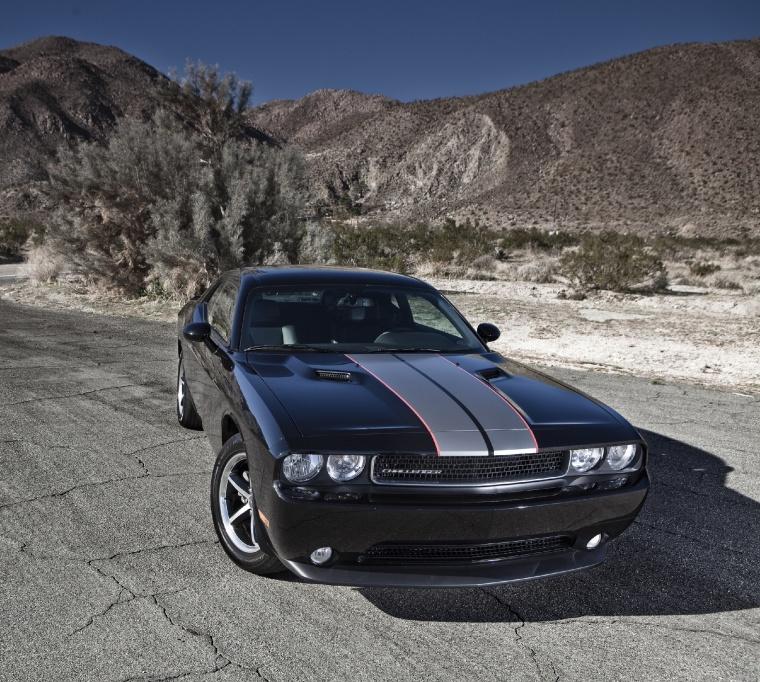 2012 Dodge Challenger SXT In Black Clearcoat Color