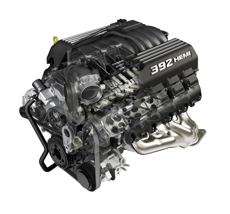 2013 Dodge Challenger Srt8 6 4 Liter V8 Engine Picture