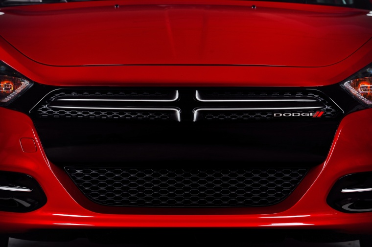 2015 Dodge Dart Sedan Grille Picture
