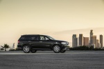 Picture of a 2016 Dodge Durango Citadel in Brilliant Black Crystal Pearlcoat from a right side perspective