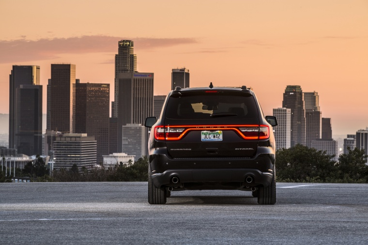 Picture of a 2017 Dodge Durango Citadel in Brilliant Black Crystal Pearlcoat from a rear perspective