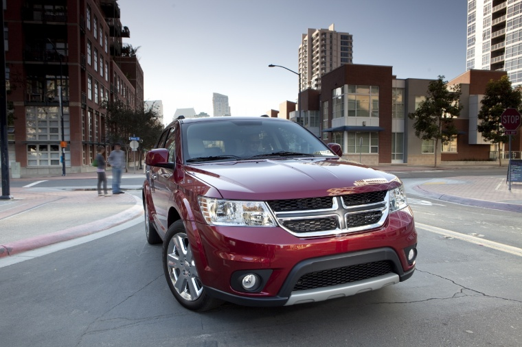 2018 Dodge Journey in Redline 2 Coat Pearl from a front right view