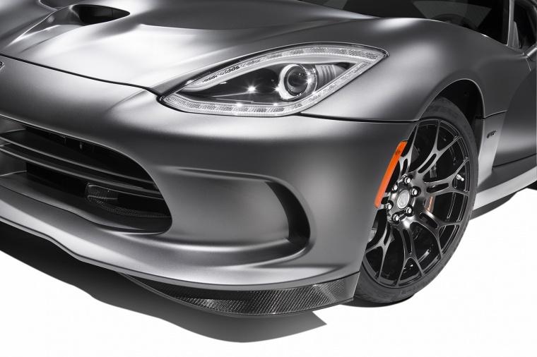 2017 Dodge Viper SRT Time Attack Headlight Picture
