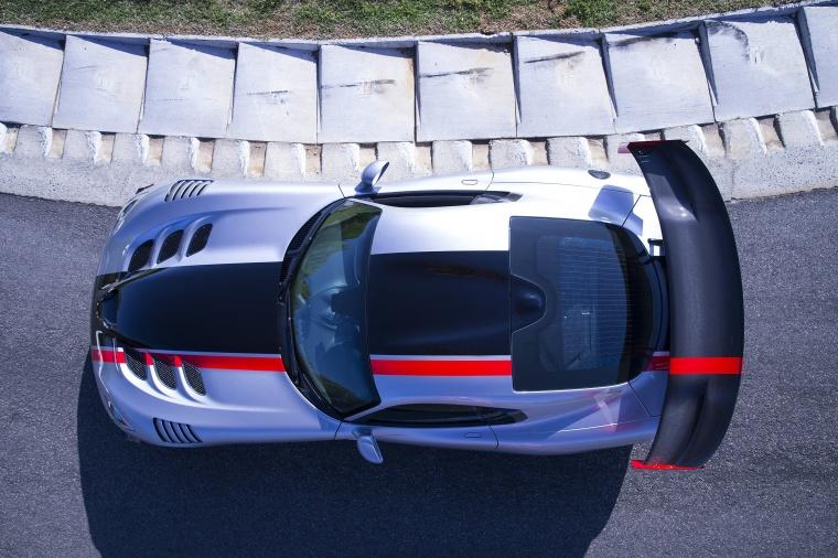 2017 Dodge Viper ACR Picture