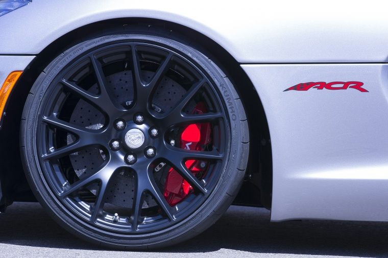 2017 Dodge Viper ACR Rim Picture