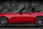 2017 Fiat 124 Spider Abarth in Rosso Red - Static Side View