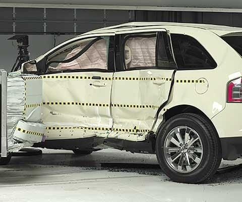 2012 Ford Edge IIHS Side Impact Crash Test Picture