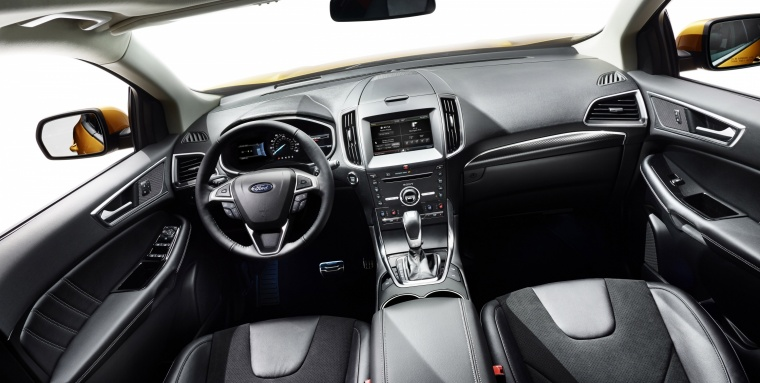 2018 Ford Edge Sport Cockpit Picture