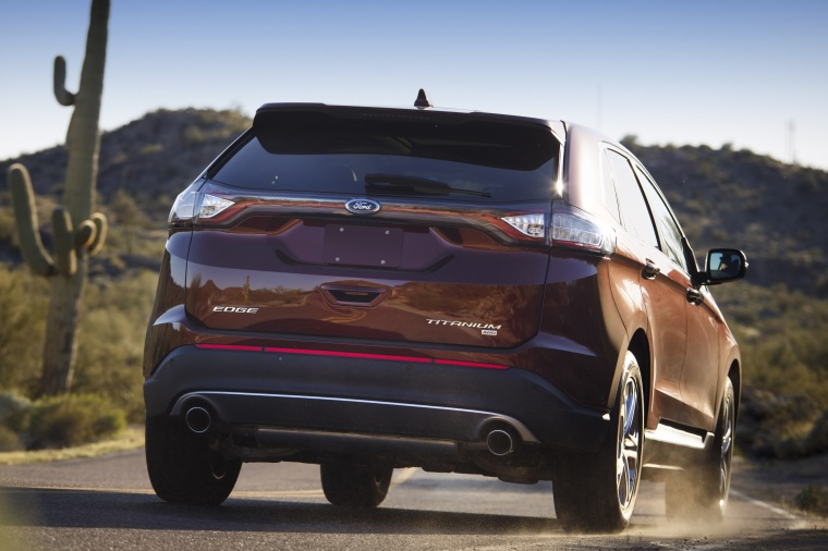 2018 Ford Edge Titanium Picture