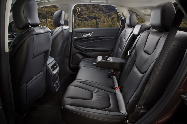 2018 Ford Edge Titanium Rear Seats Picture