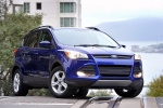 Picture of a 2014 Ford Escape SE in Deep Impact Blue from a front right perspective
