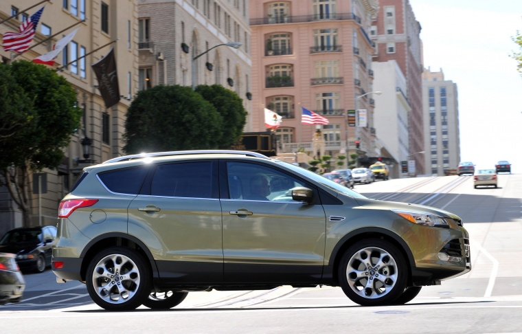 2016 Ford Escape Titanium 4WD Picture