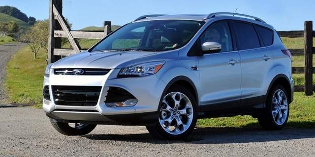 2016 Ford Escape Pictures