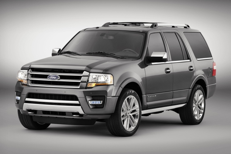 2016 Ford Expedition Platinum in Magnetic Metallic from a front left three-quarter view