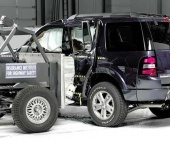 2010 Ford Explorer IIHS Frontal Impact Crash Test Picture